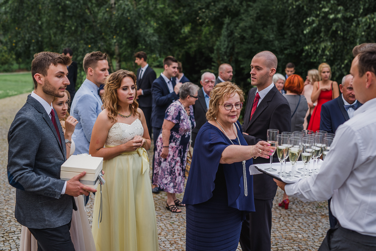 toast goście świadek świadkowa otwock maranello