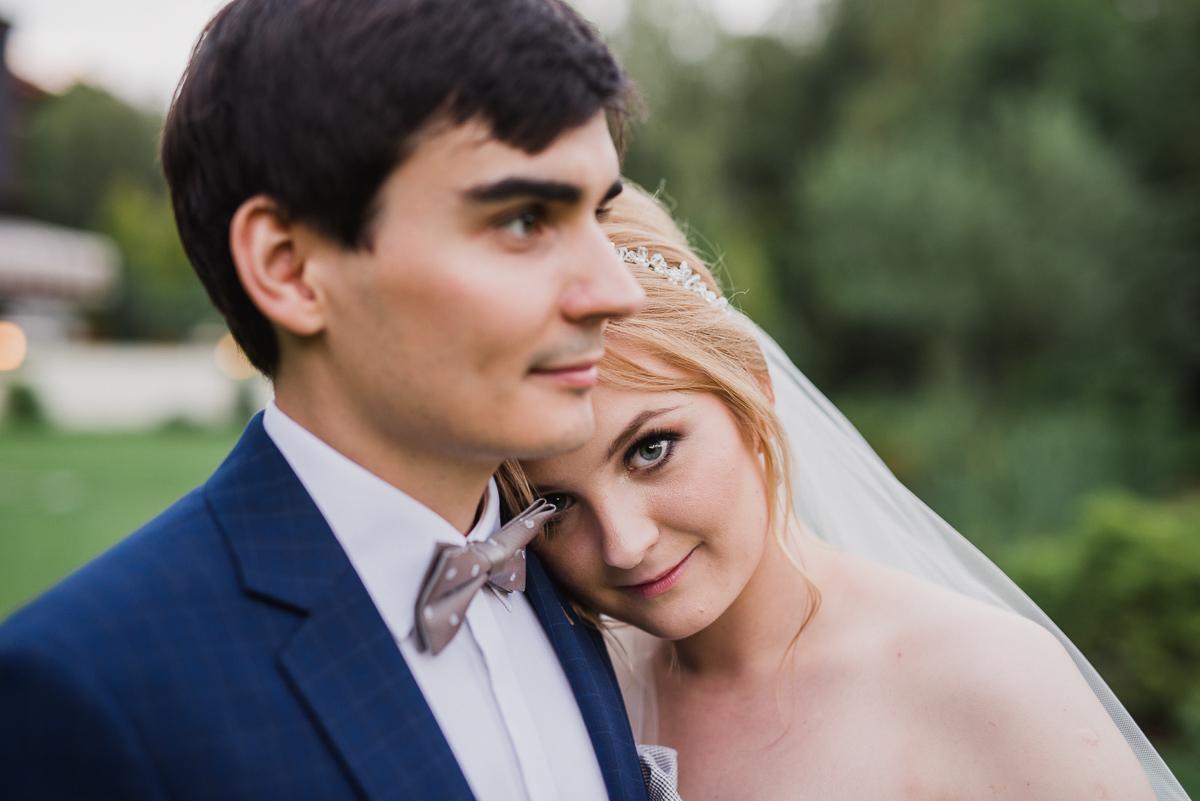 plener w dniu ślubu maranello otwock panna młoda pan młody