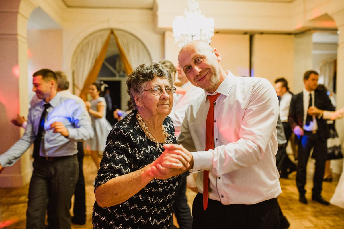 slub-wesele-128-taniec-goście-zdjęcia