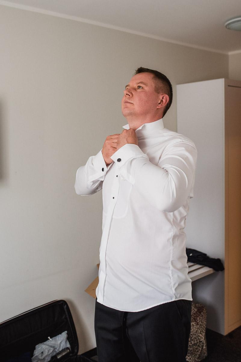 slub-wesele-15-pan-młody-przygotowania-fotografia