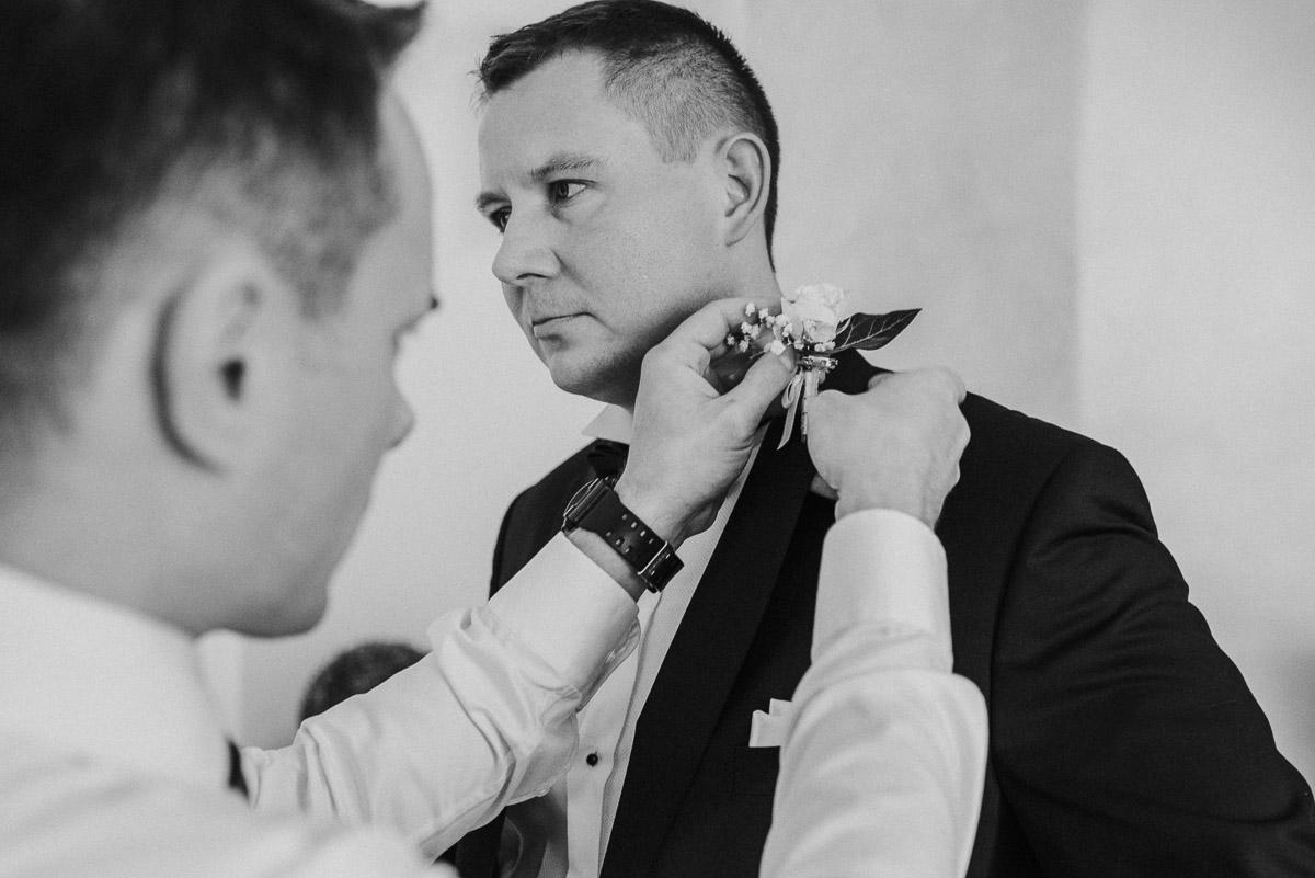 slub-wesele-19-pan-młody-przygotowania-zdjęcia