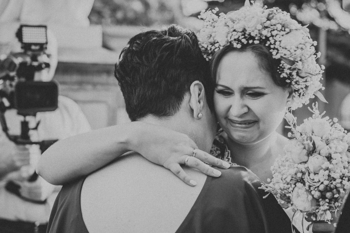 slub-wesele-77-emocje-panna-młoda-zdjęcia