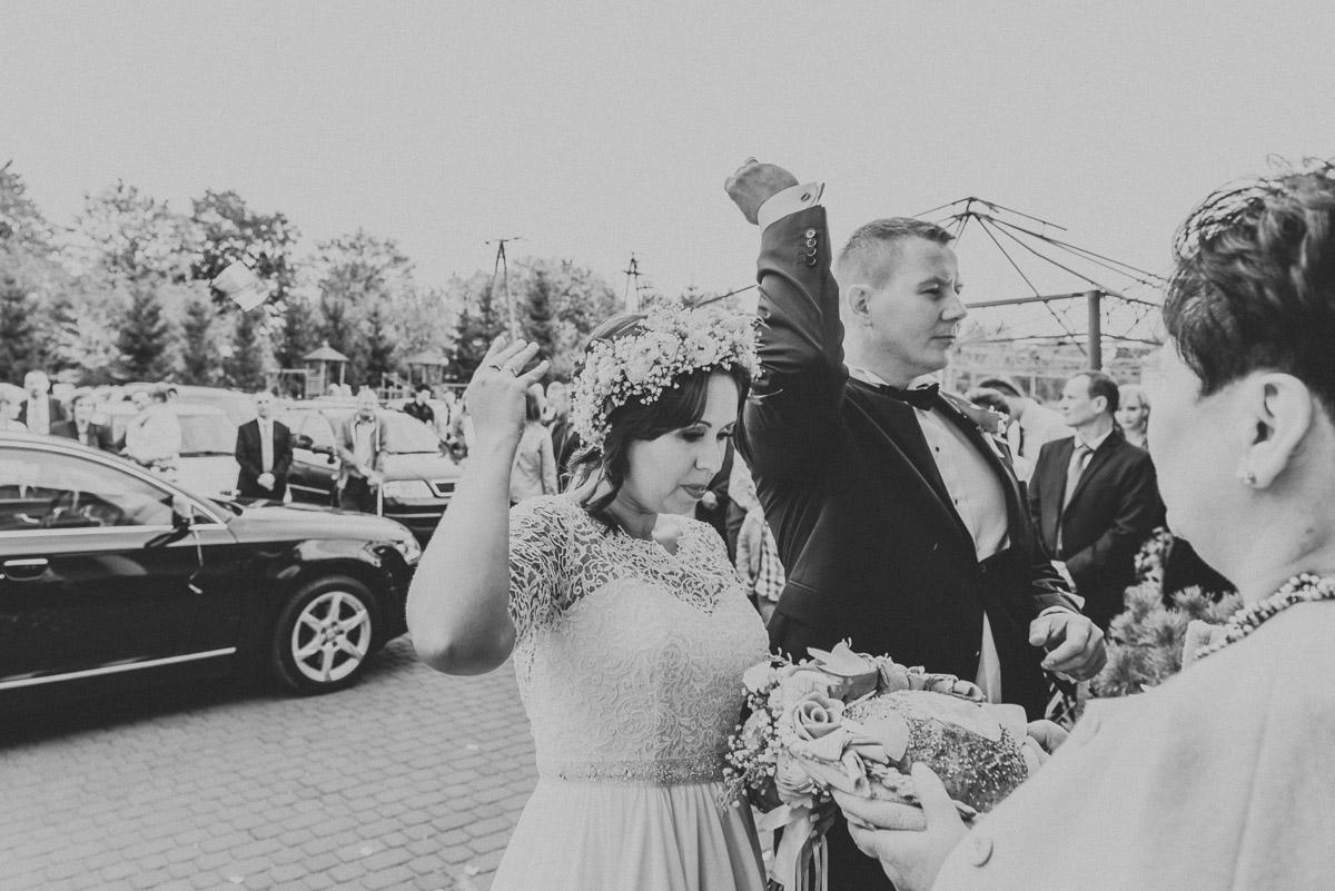 slub-wesele-86-przywitanie-para-młoda